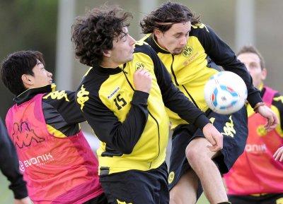 Trainingslager in Spanien - Testspiel gg. Lüttich