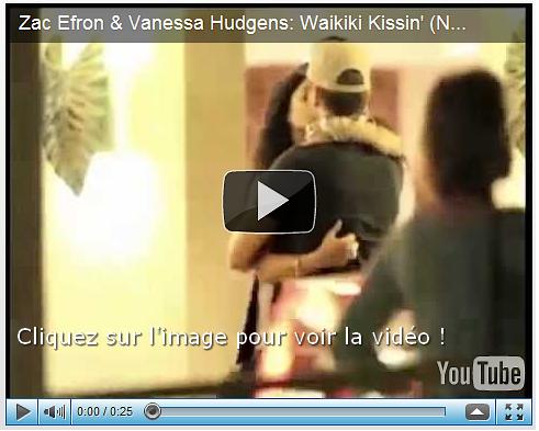 28/11/10:            Mister Efron et miss Hudgens s'échangeant un baiser en attendant leur voiture à Waikiki, Hawaï.