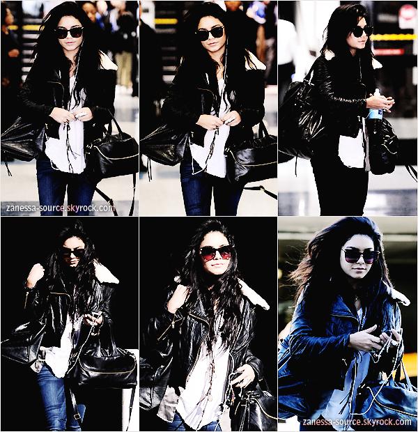 13/01/11:            Vanessa arrivant à l'aéroport de LAX à Los Angeles.
