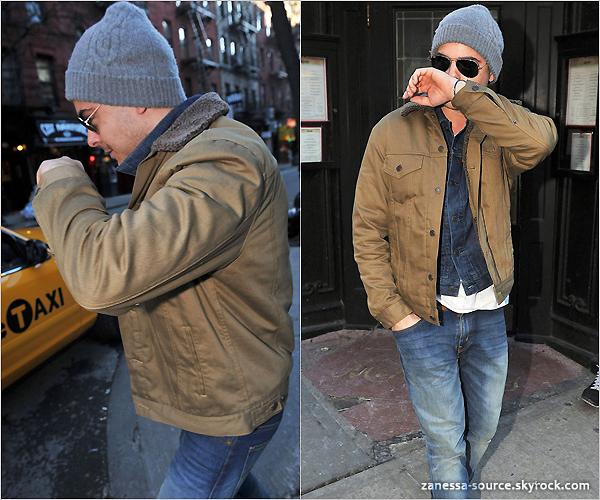 22/02/11:            Zac quittant son hôtel puis allant à un restaurant mais celui-ci étant fermé il reprend le taxi à NYC.