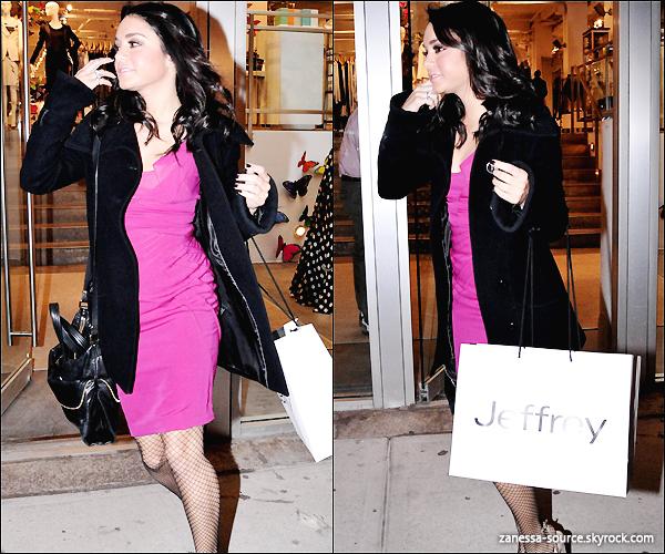 02/03/11:            Vanessa arrivant puis quittant le DAVID LETTERMAN SHOW.