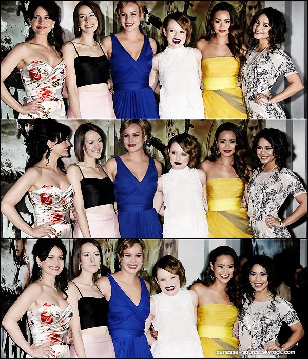 23/03/11:            Vanessa à l'avant première de SUCKER PUNCH avec ses co-stars à LA.