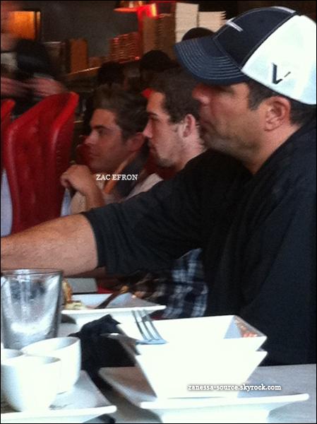 12/04/11:            Zac a été vu rejoignant son audi après être allé chercher à manger dans studio city.