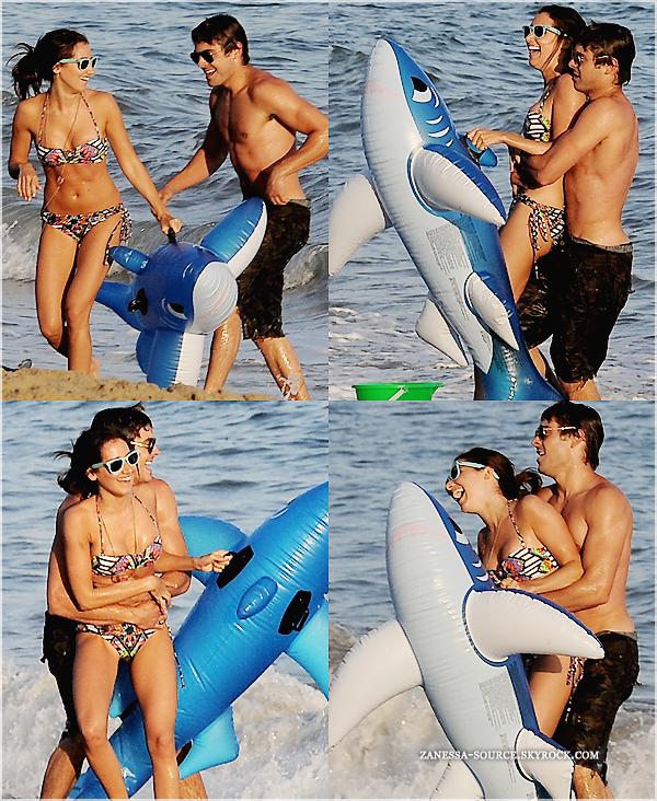 02/07/11:            Zac Efron était à l'anniversaire de sa BFF Ashley Tisdale sur une plage de Malibu. Je vous vois déjà venir: NON ASHLEY ET ZAC NE SONT PAS EN COUPLE, je vous rappelle que Ash est avec Scott Speer & Zac bah c'est le célibataire le plus canon d'Hollywood ! Ce sont simplement des amis qui se retrouvent haha.Trop contente que Zachary soit à ma fête ! C'est mon frère/meilleur ami !! Ashley T. via twitter.