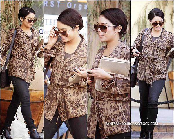 24/08/11:            Vanessa était de sortie pour un rendez vous d'affaires dans studio city, on peut voir que la miss se prend sa petite contravention du jour !