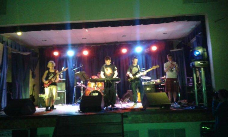 concert du 10/05/14 le groupe Mr. Cola