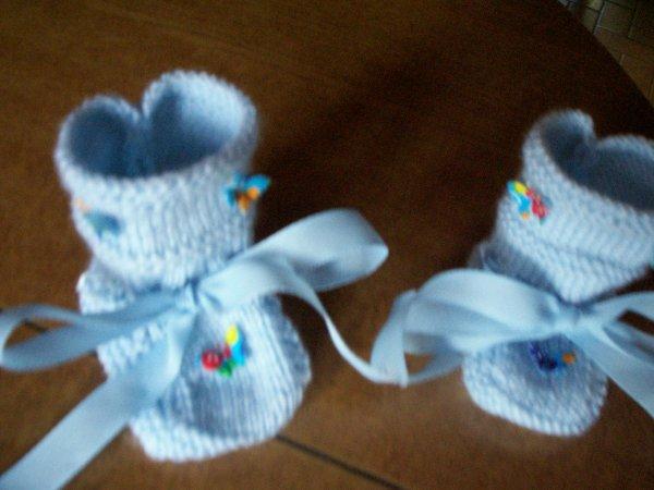 chaussons fait main bleu tendre