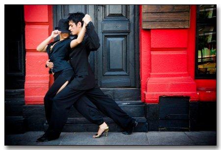 Aime-moi comme un Tango.