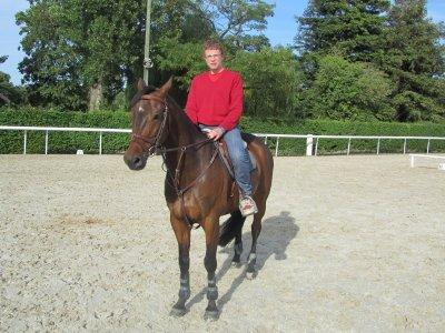 moi sur mon cheval qui sapelle  AMIGO VDL
