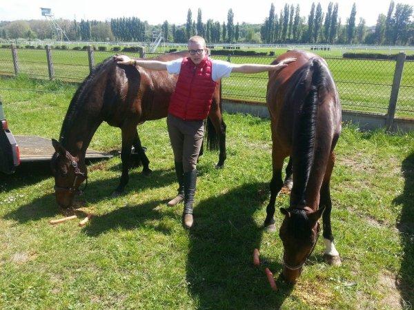 moi avec mes chevaux