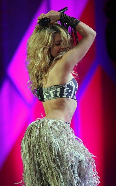 Shakira, She's perfect,,,   26 novembre 2010 ;)