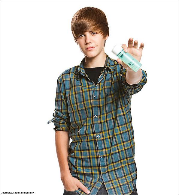 .  Bienvenue sur Justinbiebzsource, votre source sur le talentueux Justin Bieber !.
