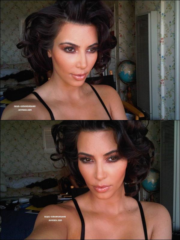 . Cheveux courts ? Devrais-Telle ? Je veux votre avis !  Kim Kardashian essaye de nouveau look (coiffure).  .