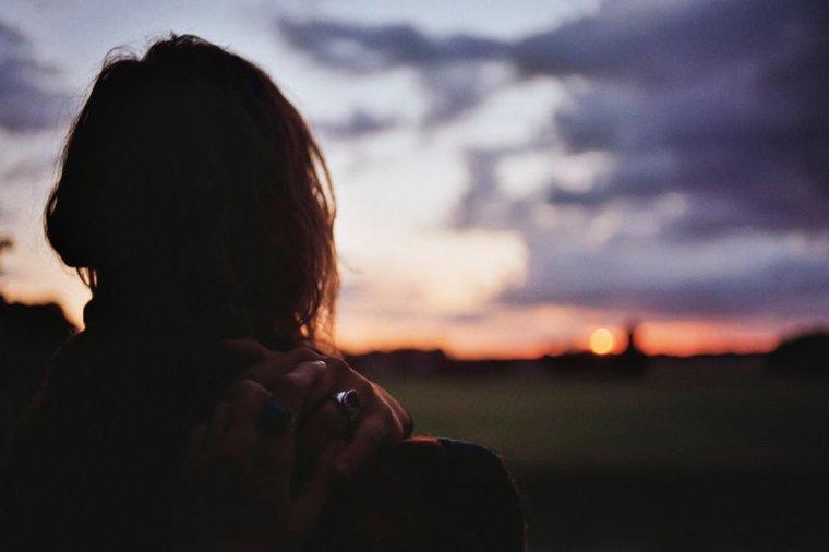 Des douleurs, des peines y'en aura, mais on restera debout.