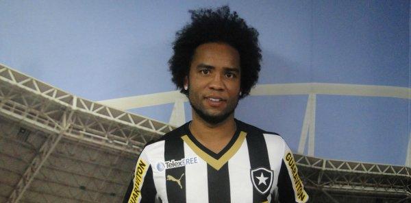Brésil : Carlos Alberto signe à Botafogo