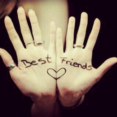 Une meilleure amie n'est pas une amie comme les autres, c'est la personne avec qui on partage les meilleurs moments de notre vie comme les pires.