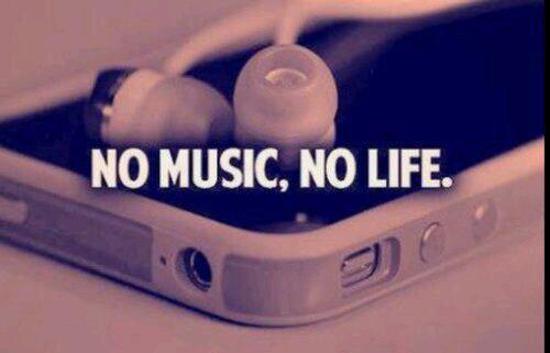 Tout le monde préfère une musique en particulier car on peut l'écouter toute la journée sans en avoir marre et car on peut s'y identifier.
