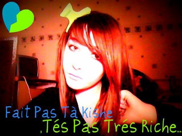 Ohh Mais c qui sa ?? C'est ma grande soeur ^^ !! Elle est belle elle est extraordinaire yen a pas deux comme ma pomme d'amouur ^^