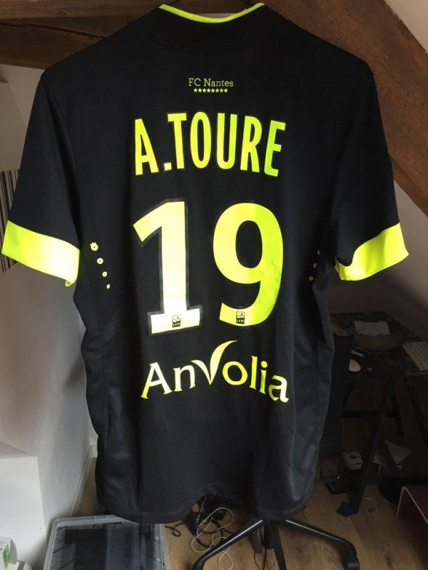 Maillot FC Nantes porté par TOURE