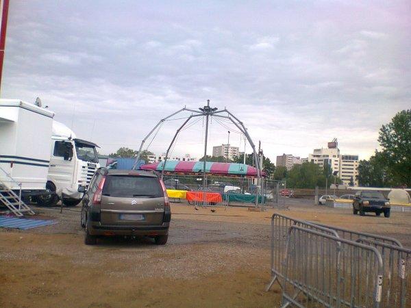 Luna Park Lyon été 2012 - Montage