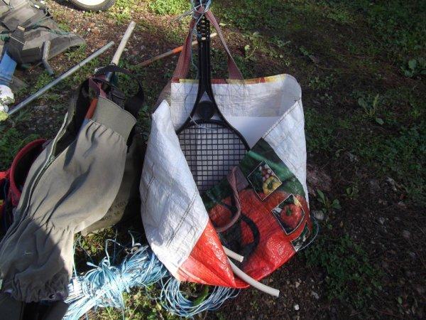 """porte sac """"version baby"""" avec une vielle raquette de badmington pour enfants"""