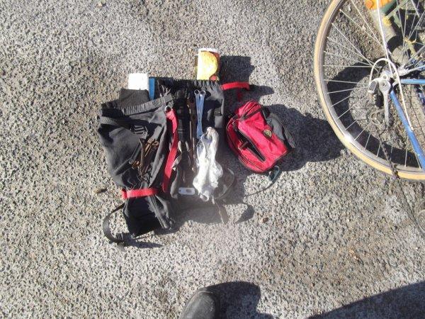 astuce pour pas perdre outils et pièces : ai enlevé mes protections de jambes