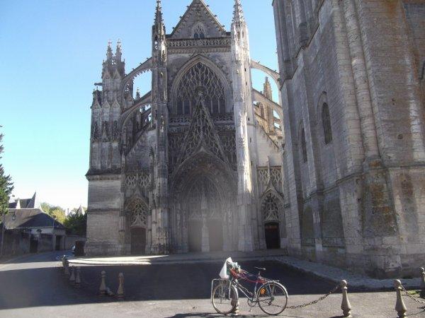 pour mon amie francine78 l'église de la trinité à Vendôme