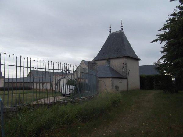 passage devant la chateau de Villepion à 3kms Ouest de Loigny la bataille