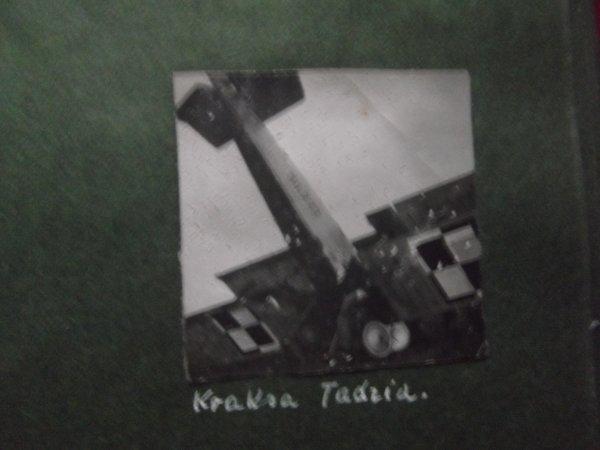 dans le années 30 mon oncle décolle avec son avion
