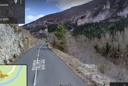 """pour Spar-111 http://spar-111.skyrock.com/  l'ordi permet de """"voyager"""" sur les routes"""