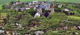 Trôo village troglodyte sur la colline