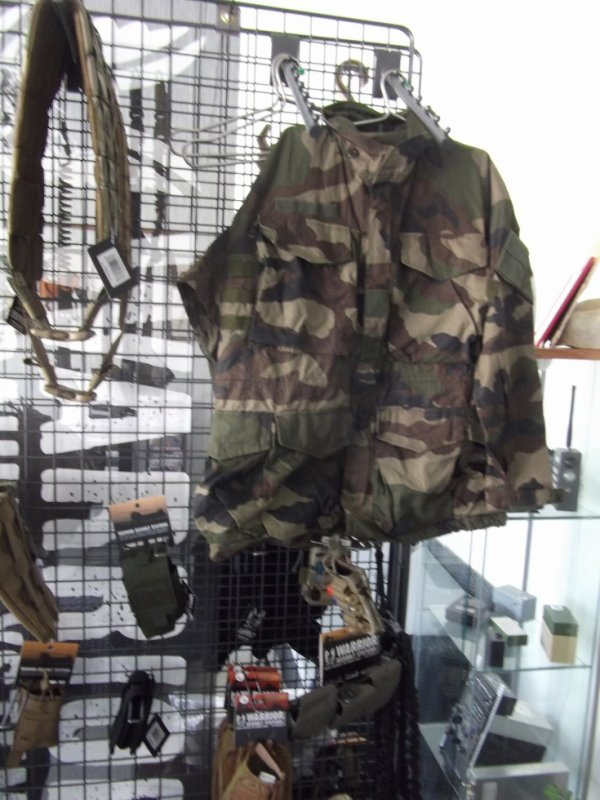 pour amis amateurs de militaria la nouvelle veste