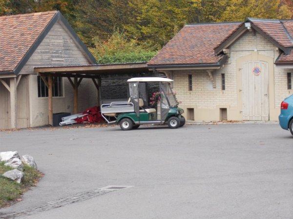 un véhicule électrique au chateau de Bossey