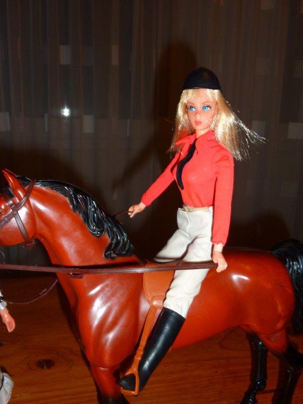 Barbies des années 1970-1980 - Les copines de cheval