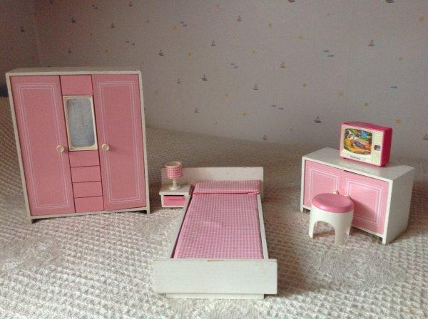 Chambre à coucher - poupée mannequin Tina