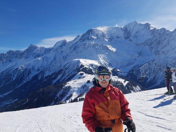 Moi en faisant du Ski aux Houches à côté de Chamonix dans les Alpes