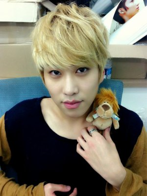 Boyfriend - HyunSeong