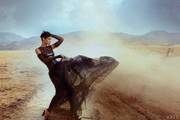 Calvin Harris & Ke$ha parlent de Rihanna
