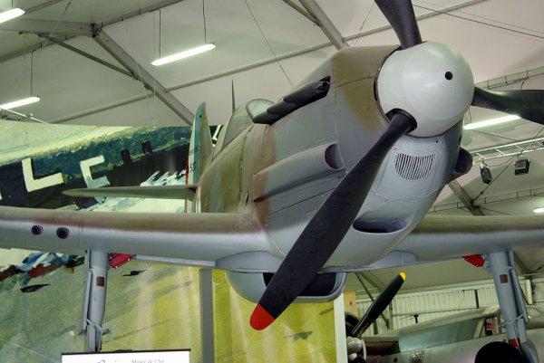 Dynamo , Aviation Française dans le ciel de Dunkerque en 1940...Le Dewautine 520...