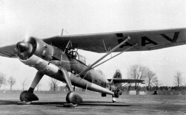 Dynamo , Aviation Allemande dans le ciel de Dunkerque en 1940...Le Mouchard.