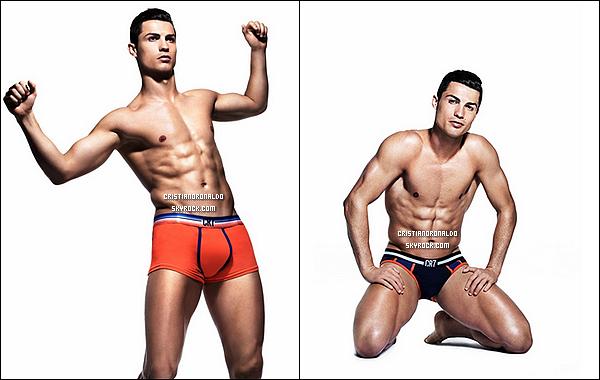 - Cristiano nous dévoile les premières photos de sa nouvelle collection CR7 Underwear Abdos en béton, cuisses sculptées, petits slips ou boxers bien moulants : pas de doute, Cristiano vient de dévoiler sa deuxième collection  -