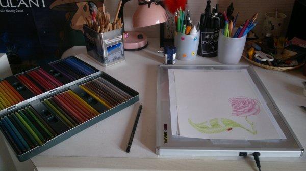 [ HS : Environnement de travail • Crayons & Table lumineuse. <'33 ]