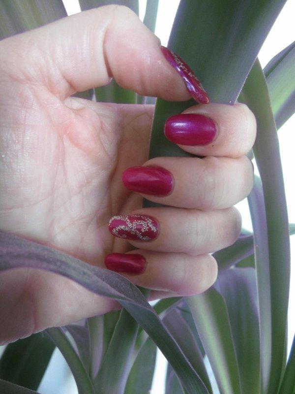 Nail art spirales (1er essai)