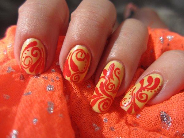 Nail art couleurs chaudes