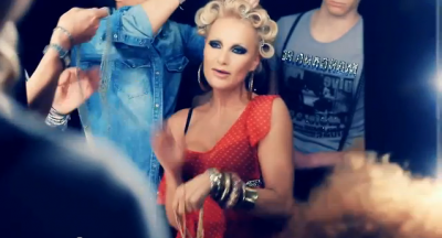 "PHOTO DU CLIP ""C'EST COOL"" DE WHIGFIELD PARTIE 1"