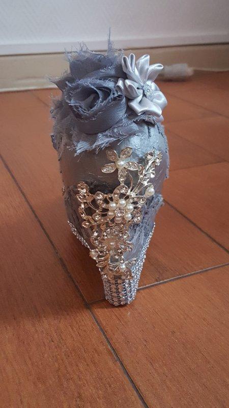 Lampe chaussure papier de soie argent