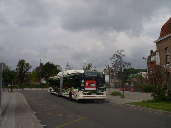 Citelis 18 GNC sur la ligne L3 ( Roubaix Euroteleport <-> Wattrelos Quatier Beaulieu ) a l'arrêt Place Chaptal