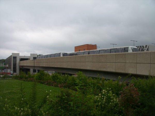 Val 208 au terminus a Villeneuve d'Ascq (59)