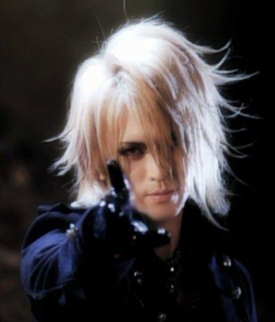 nouvelles photos de Kamijo <3<3<3