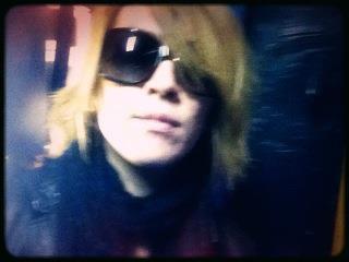 Suite des photos posté par Kamijo sur son twitter <3 ^^
